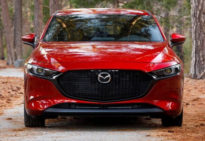 Benzinmotor, ami eddig még senkinek nem sikerült – Mazda3 Skyactiv-X teszt 4