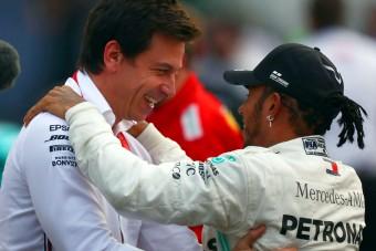 F1: Vad jóslat Hamiltonról és a Ferrariról