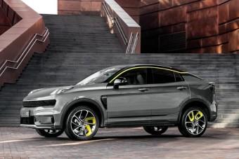 Már terepkupéja is van a svéd-kínai autógyártónak