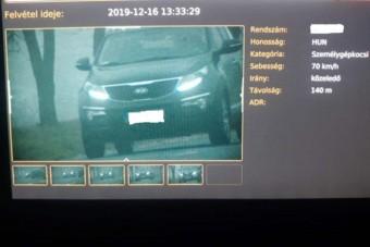 Átvette az új autót Borsodban, rögtön megbüntették 120 ezerre, és egy évig nem vezethet