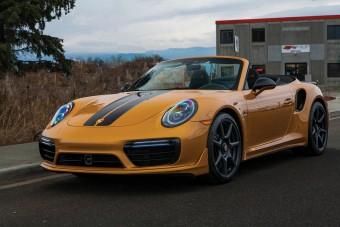 Vitték a 100 milliós Porsche 911-est, mint a cukrot