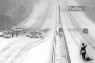 3 centi hó és gyakorlatilag megbénult a fél ország, mutatjuk, mi a helyzet 7