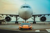 Olasz trikolórban szaladgál a reptéri Lamborghini 1