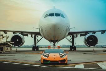 Lamborghini Huracán után mennek a repülők a bolognai reptéren