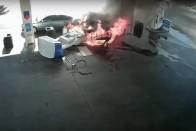 Szétszakította az aszfaltot a benzinkút felrobbanó üzemanyagtartálya 1