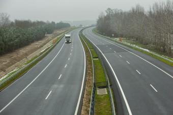 Komoly felújítás indul az M43-as autópályán