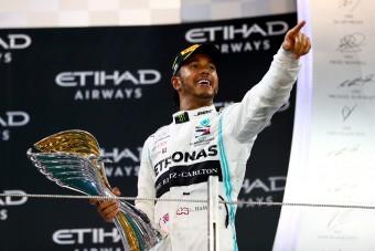 Hamilton: Hálás vagyok a remek csapatomnak
