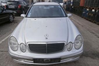 Használt Mercedeseket kínál olcsón az állam