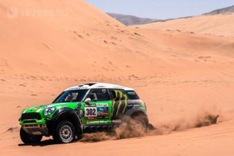 Lecserélte imádott feleségét a Dakar-legenda