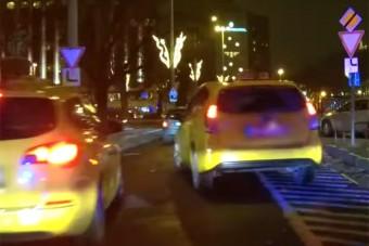 Szétcsap a rendőrség a budapesti autósok között, jelöletlen autókkal vadásznak a forgalomban