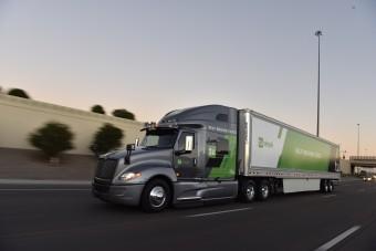 Kevesebbet fogyasztanak az önvezető kamionok