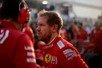 F1: Vettel csak nevet a kiszálláson
