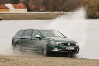 Lebukott a VW új csúcsmodellje 1