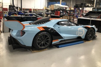 Ikonikus festést kapott ez az új Ford GT