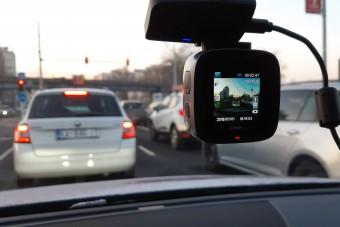 Pénzt kaphatnak az autósok, ha feljelentik a szabálytalankodókat