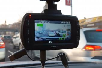 Fedélzeti kamerák harca - a kicsi és szép, vagy a nagy és okos a jobb választás?
