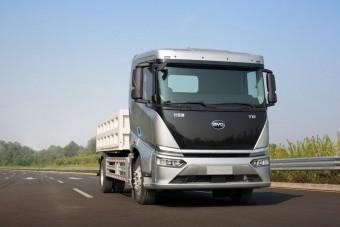 Ez kínai teherautó nálunk is kapható lesz
