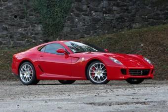 F1: Eladó Schumacher szolgálati Ferrarija
