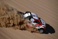 Sainz komoly előnyt szerzett a Dakaron 1