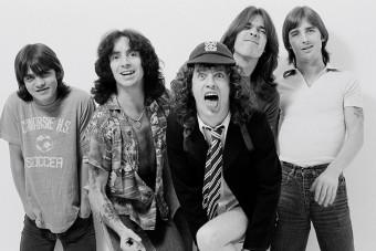 Az AC/DC leghíresebb számát énekli egy pár hónapos kisbaba