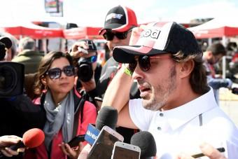 F1: Alonso még lebegteti a jövőt