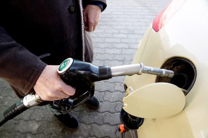 Jelentőset ugrik az üzemanyagok ára, új rekord