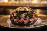 Milliós tétel a világ legdrágább hamburgere 1