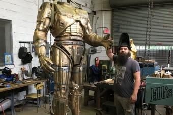Robotzsaru-szobrot kap Detroit