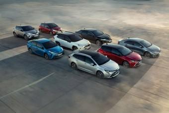 Túl a 15 millió eladott hibriden a Toyota