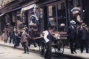 Ez a digitálisan felújított film egészen 1911-ig repít vissza