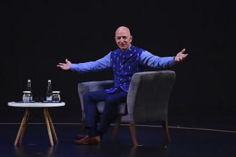 Jeff Bezos lehet a világ első dollárbilliomosa