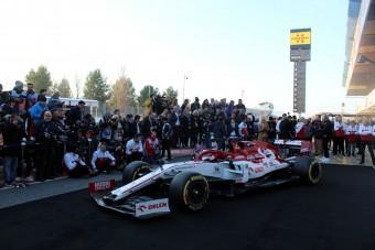 F1: Megvan, mikor mutatják be Räikkönenék autóját