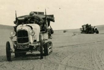 Villanyautóval kelnek át a Szaharán