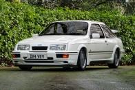 Ezt a Sierra RS Cosworth-ot hajtotta a brit sajtó 1