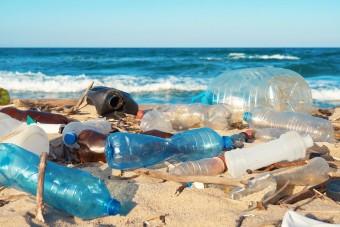 Van okunk örülni a rengeteg műanyag szemétnek