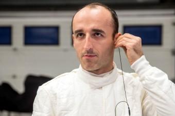 Kubica a DTM-ben folytatja a versenyzést