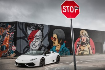 Megromlott Lamborghini miatt perelnek