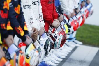 F1: Vége a sisakkorlátozásnak