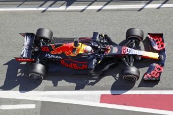 A legelső futamtól támadni fog a Red Bull