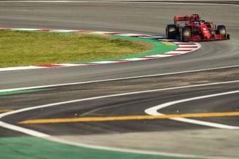 F1: Vettel unja a barcelonai banánt
