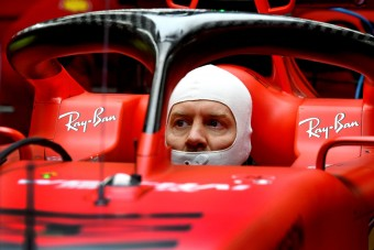 Vettel kiteregetheti a Ferrari szennyesét