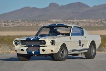 Ken Miles hajtotta győzelemig ezt a Mustangot