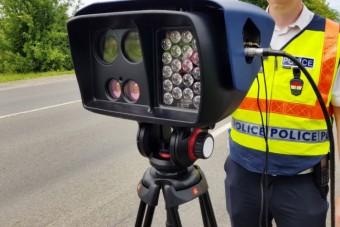 Elloptak egy traffipaxozó, magyar kamurendőrt, de végül minden jóra fordult
