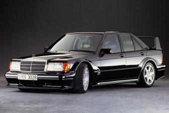 Oldtimer-korba lépett a legendás Mercedes