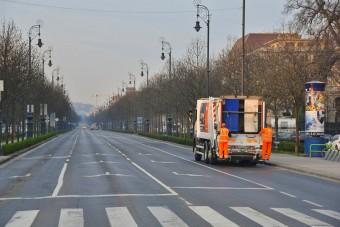 Te integettél már a budapesti kukásoknak? Mert nem ártana