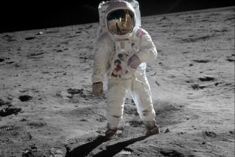 Ezt tanácsolja a Holdon is járt űrhajós a koronavírus idejére