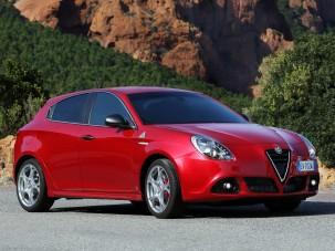 Szív vagy ész - Alfa Romeo vagy Honda használtan?