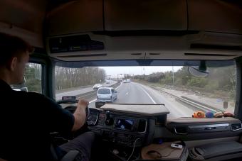 Így dolgozik a magyar kamionos koronavírus idején
