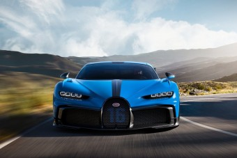 Itt a Bugatti Chiron Pur Sport, amivel egy kicsit jobb autózni