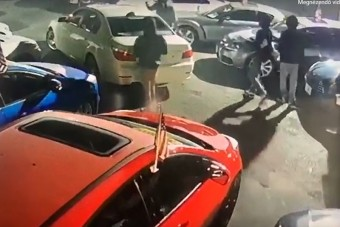 Rongáltak és loptak is az amerikai autótolvajok